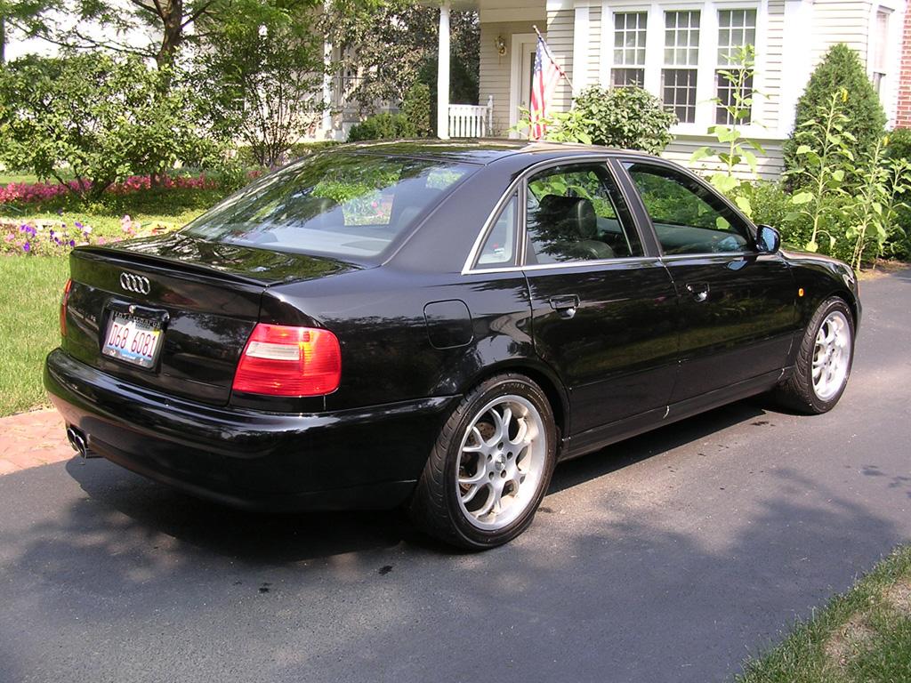 Audi a4 2 8